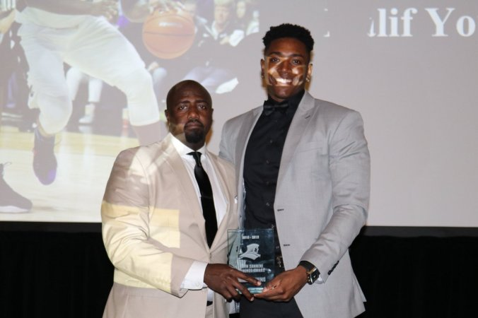 JOhn Zannini Coaches Award - Kalif Young
